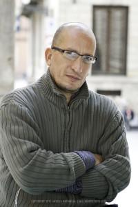 04/10/2012 Pisa Cesar Martignon, Speaker di Controradio nelle Logge di Banchi. www.andreabattaglia.it
